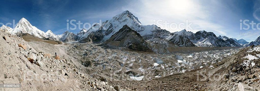 khumbu glacier, Nuptse and Pumo Ri near Gorak Shep stock photo