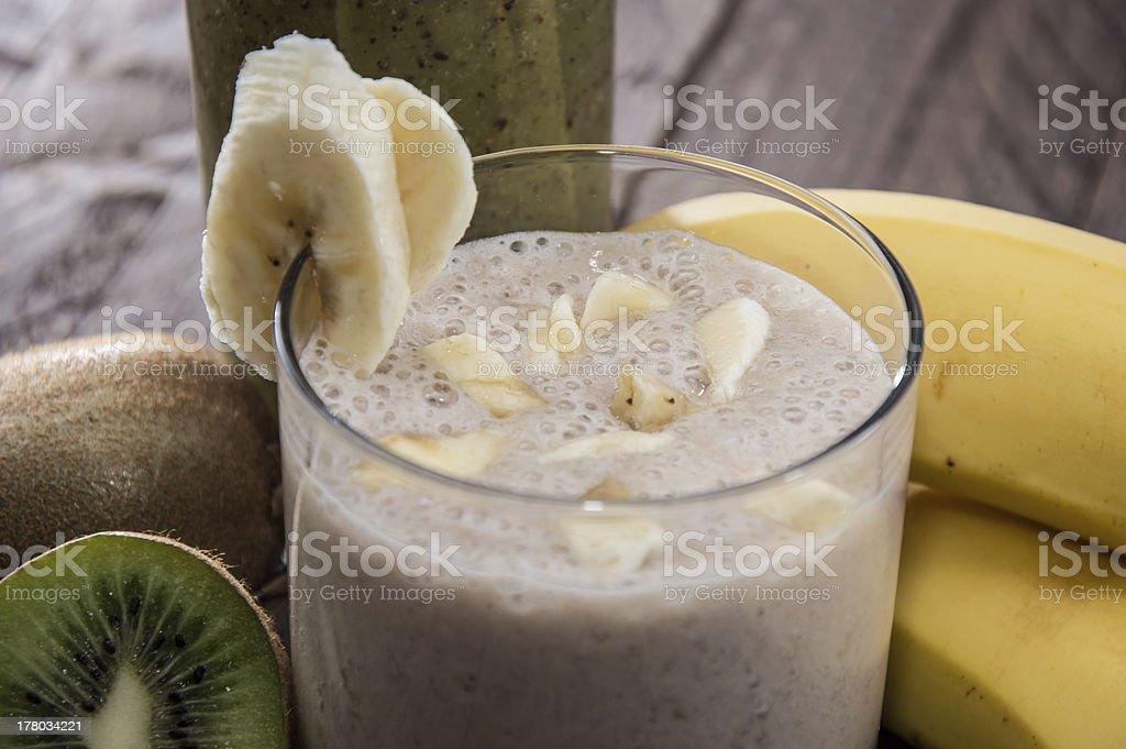 Kiwi- and Banana smoothie royalty-free stock photo