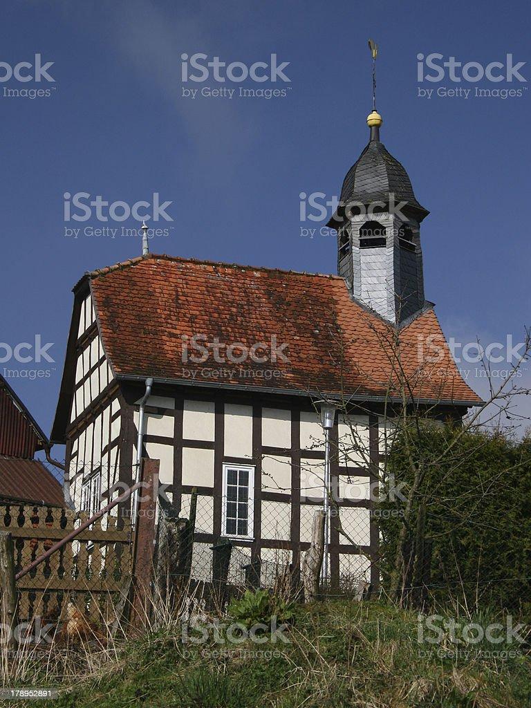 Kleine Kirche in Harbshausen am Edersee (Nordhessen) stock photo