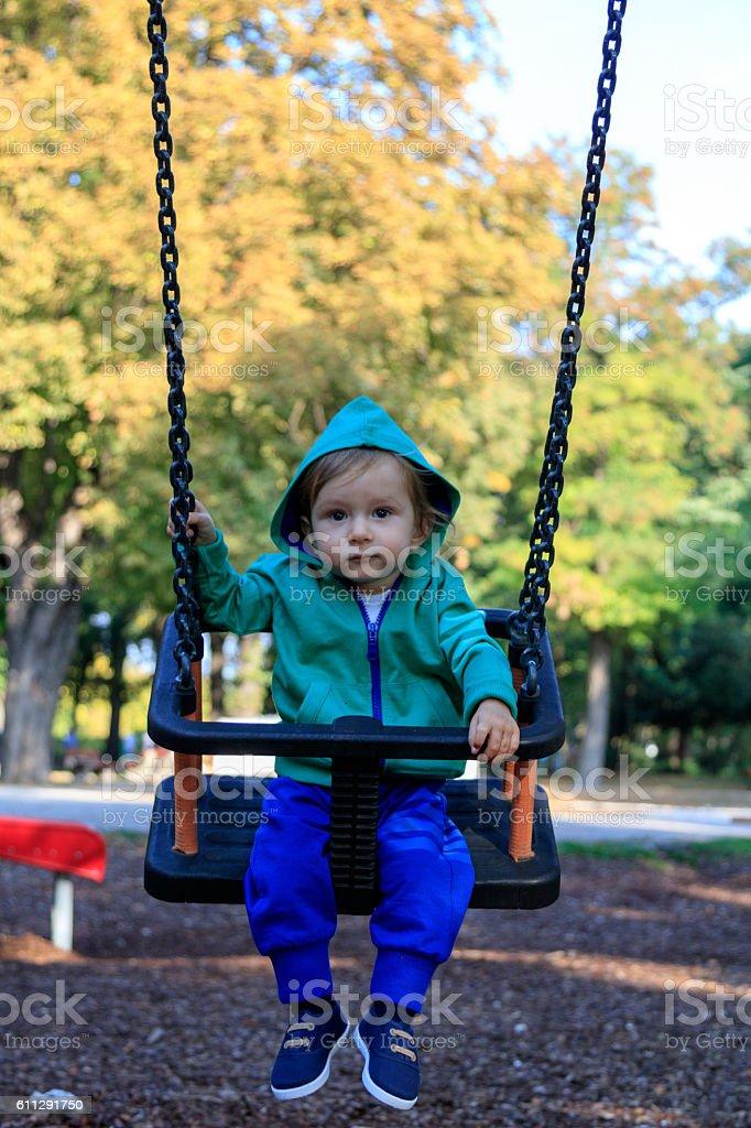 Kleinkind am Spielplatz stock photo