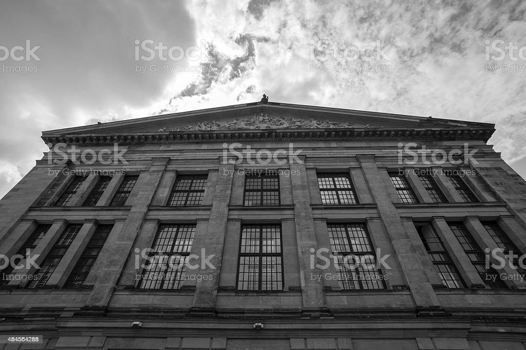 konzerthaus berlin at the gendarmenmarkt black and white stock photo