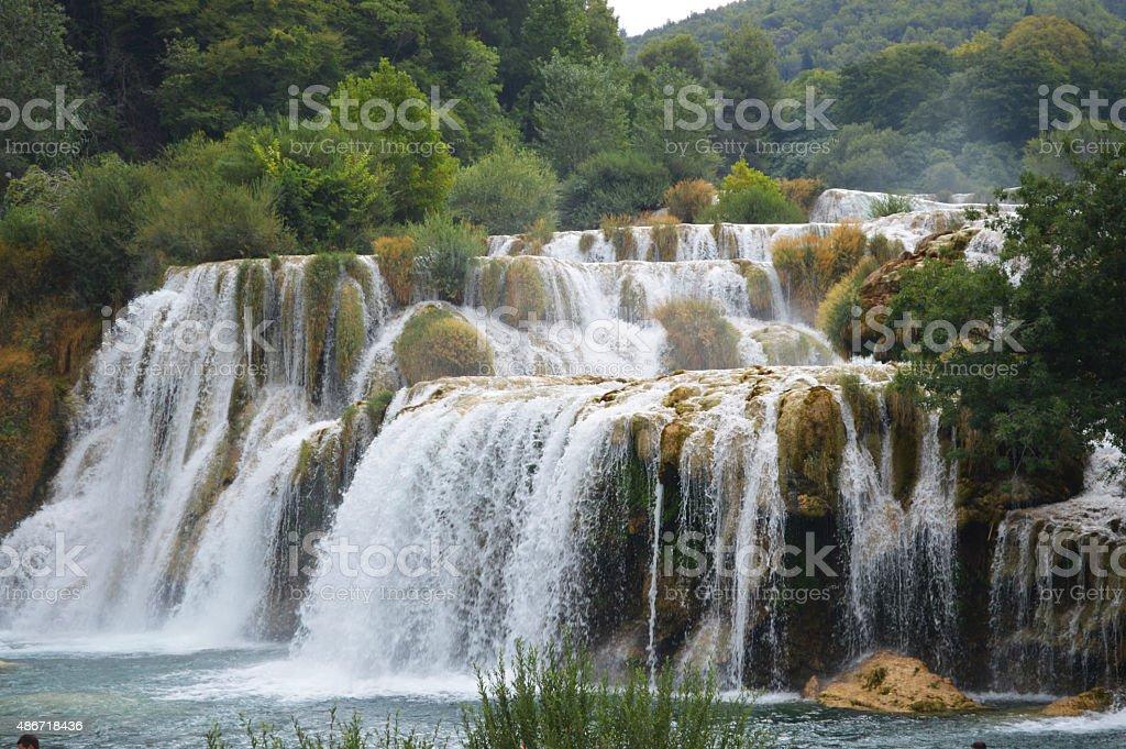 krka park la más grande con cascada en Croacia foto de stock libre de derechos
