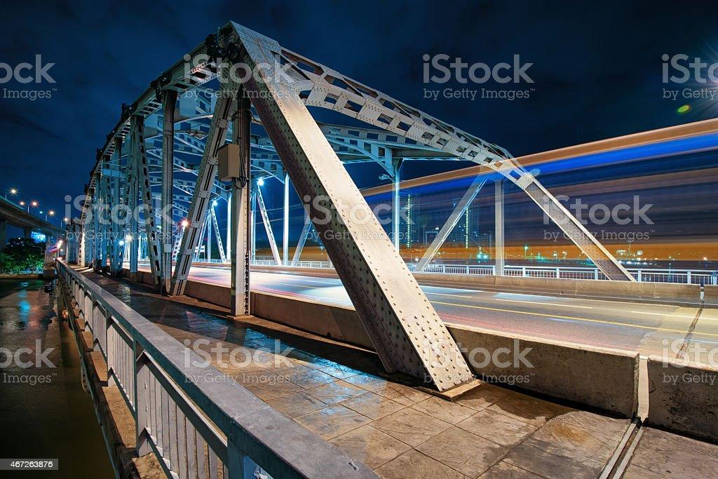 Krungthep bridge de nuit photo libre de droits