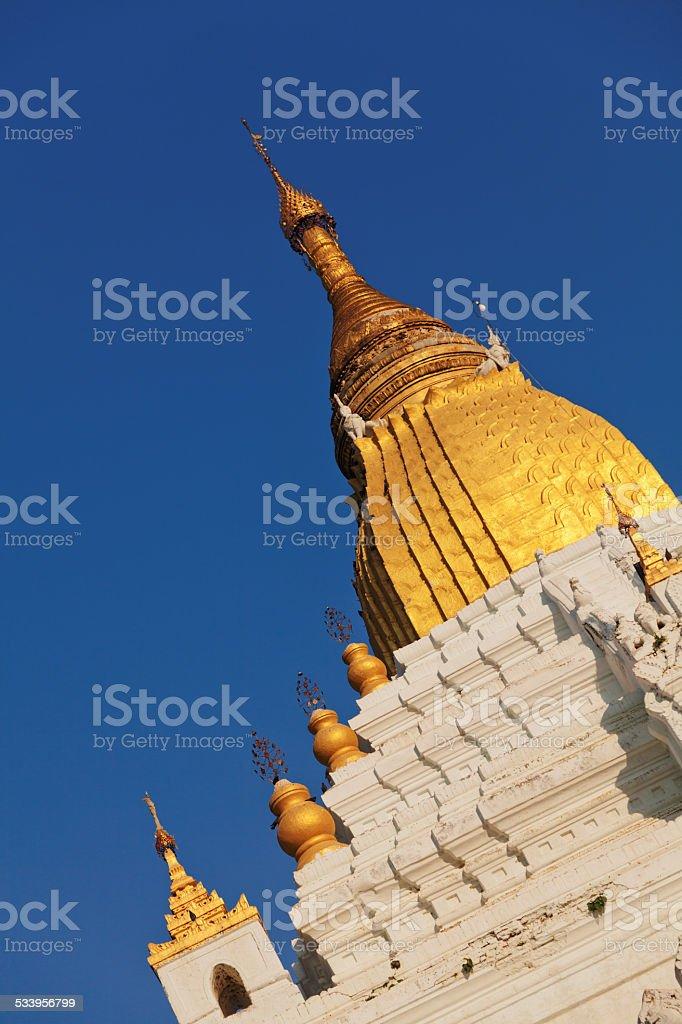 Kyauktawgyi Pagoda, Mandalay stock photo