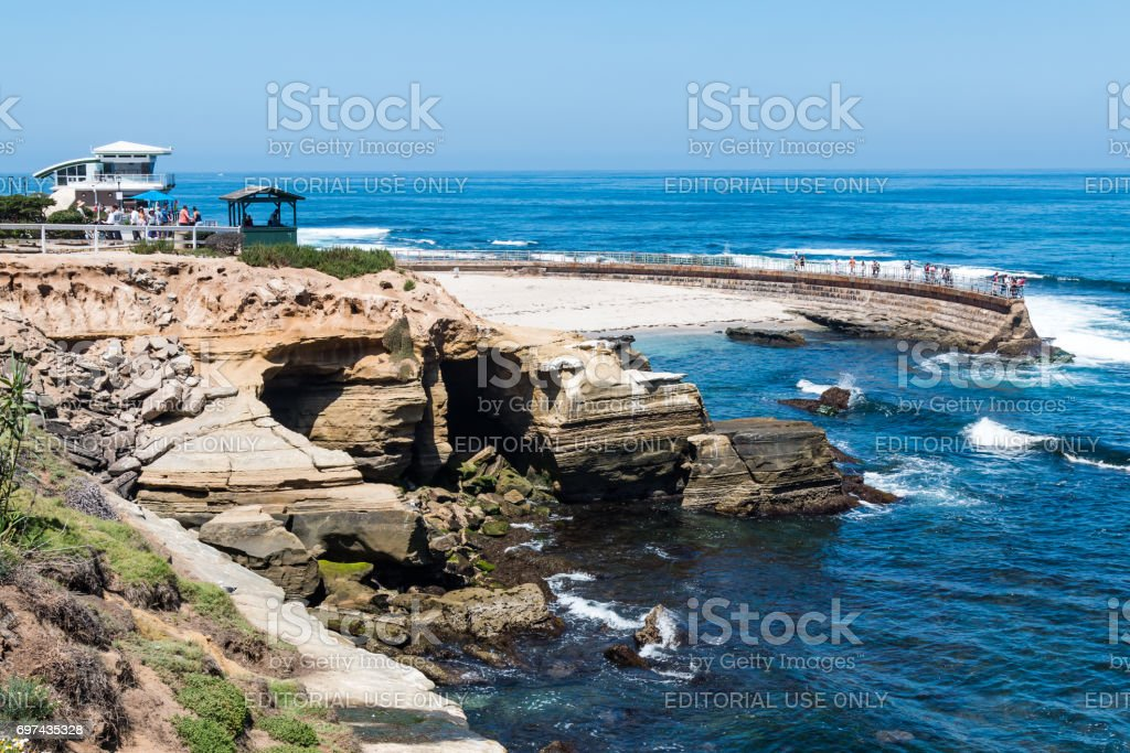 La Jolla Children's Pool with Lifeguard Tower and Observation Point stock photo