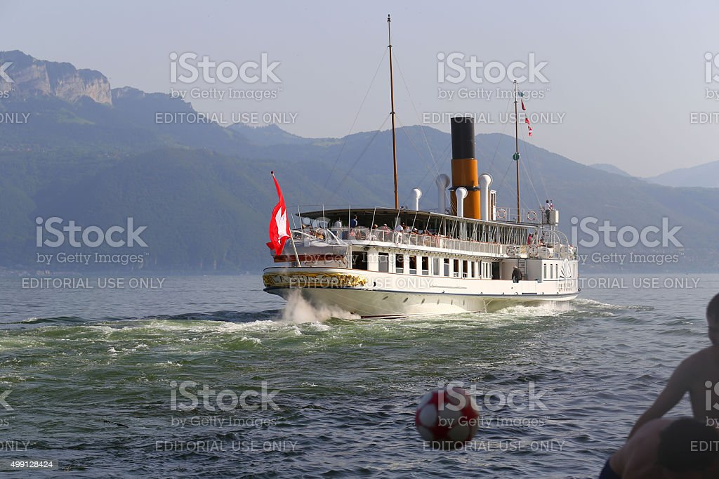 La Suisse steam vessel leaving small Swiss town of Cully stock photo