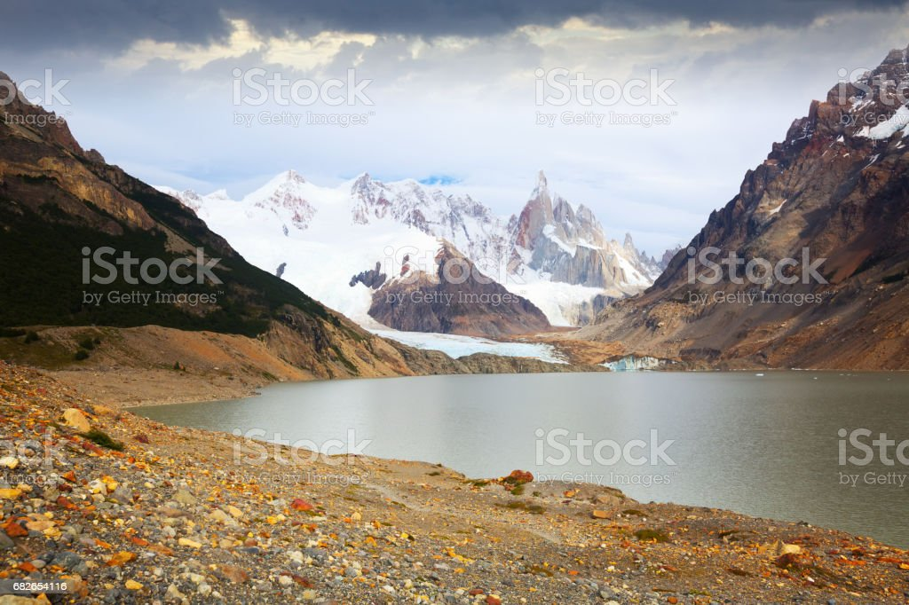 Lake at foot of Fitz Roy, Cerro Torre, Andes stock photo