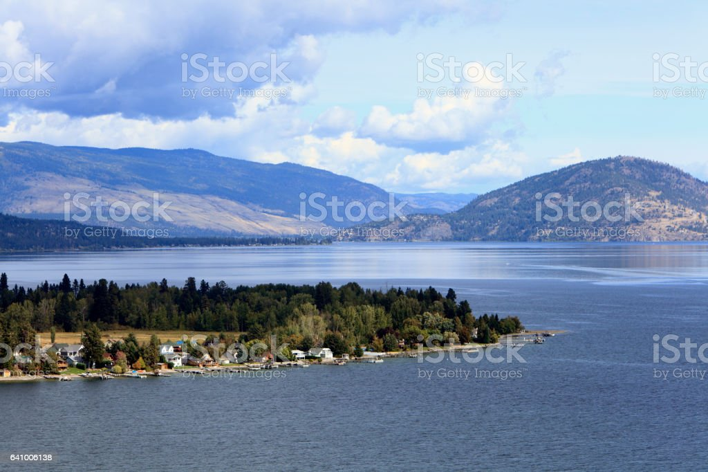 Lake Okanagan British Columbia With Fintry Shoreline Cottages stock photo