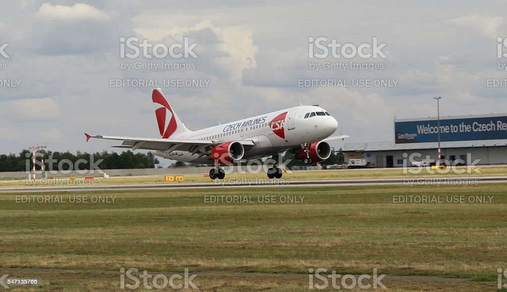 Landing A319 royalty-free stock photo