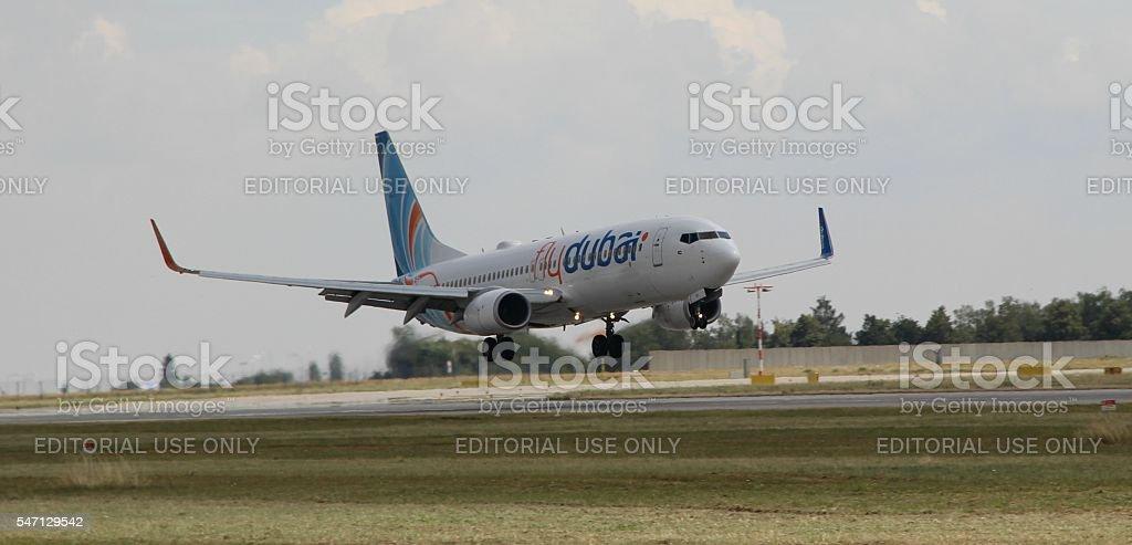 Landing Boeing 737 royalty-free stock photo