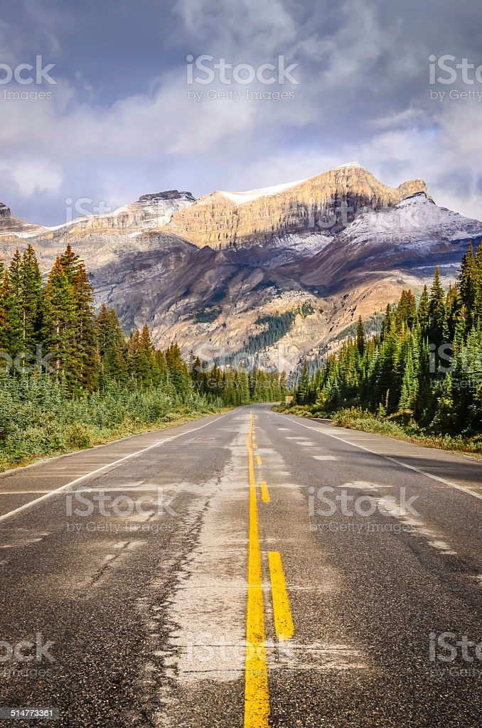 Landscape view of the road on Icefields parkway, Rocky Mountains stock photo