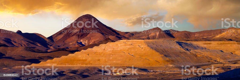 Large modern gold mine in the Nevada desert stock photo