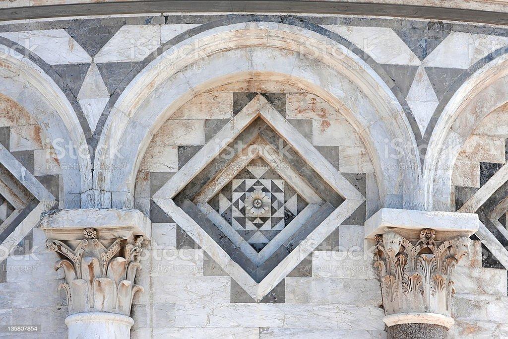 Schiefer Turm von Pisa-Detailarbeit Lizenzfreies stock-foto