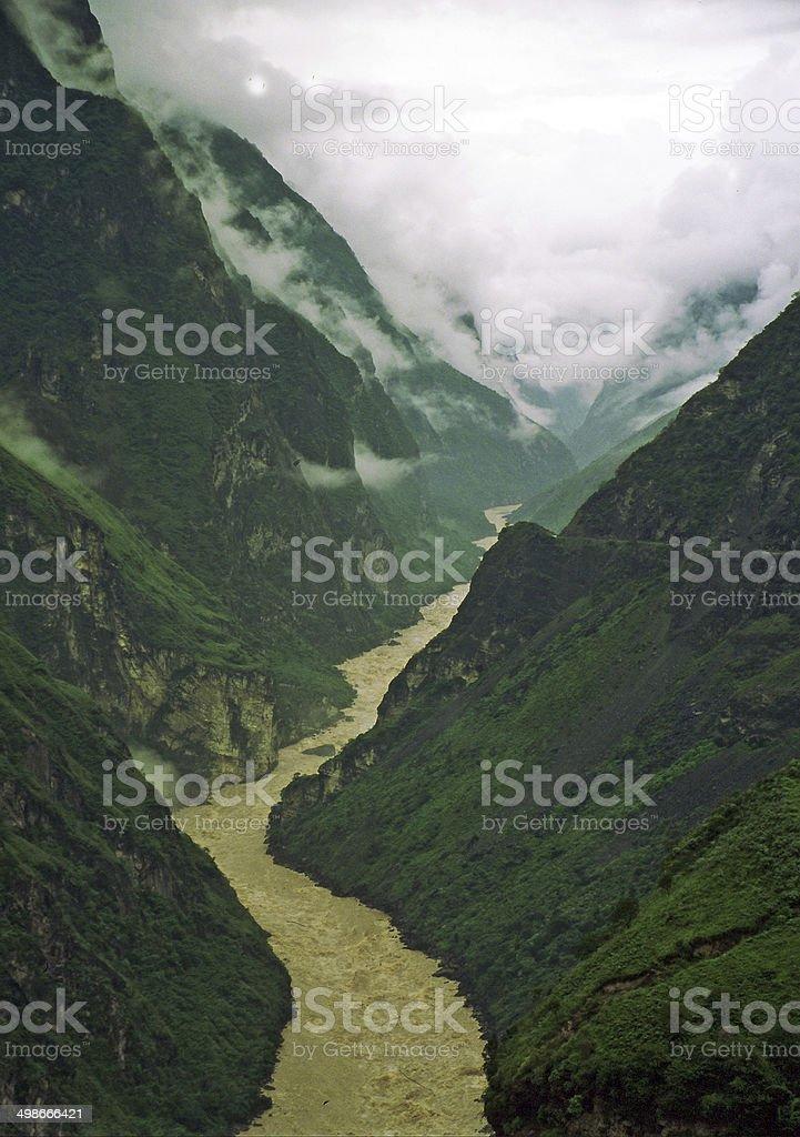 leaping tiger gorge, yunnan, china stock photo