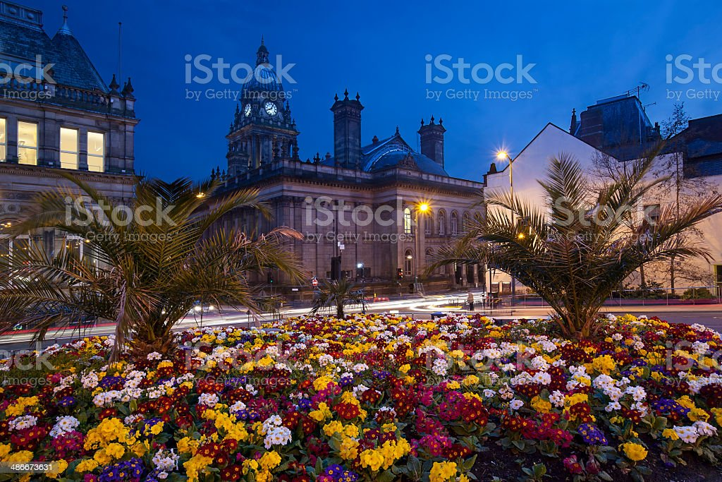 Leeds Town Hall and Nelson Mandela Gardens at dusk stock photo