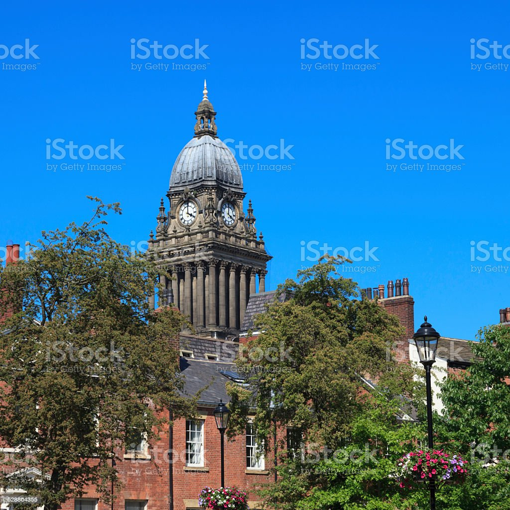 Leeds Town Hall viewed from Park Square stock photo