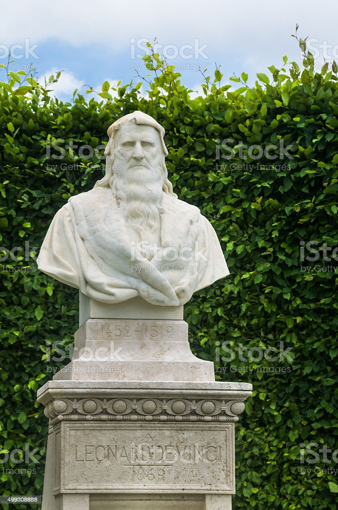 Leonardo De Vinci Statue stock photo