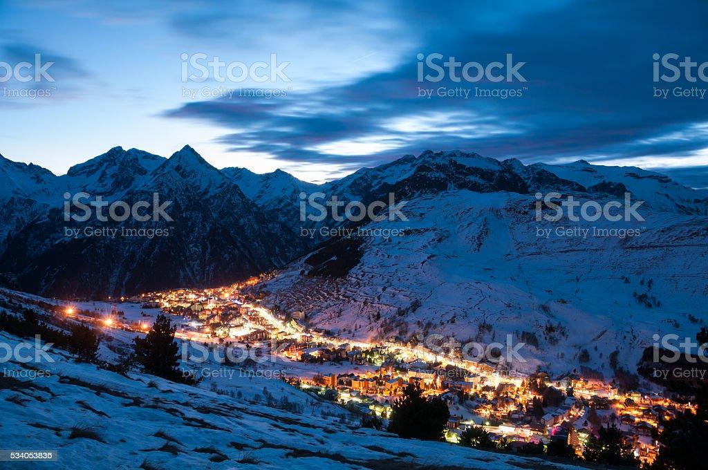 Les deux alpes at night stock photo
