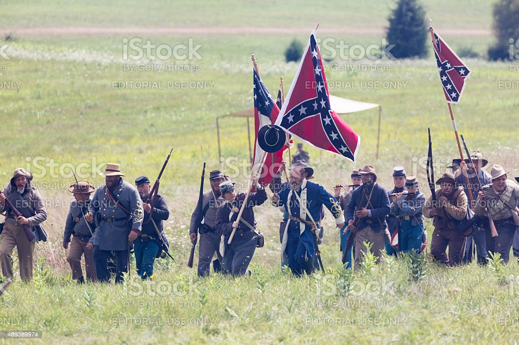 Lewis Armistead Leads His Confederate Troops, Flags Held High stock photo