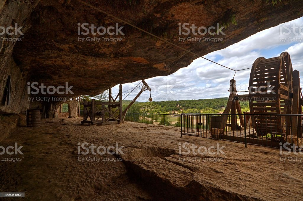 lifting machinery in the Troglodyte dwelling at Roque Saint Christophe stock photo