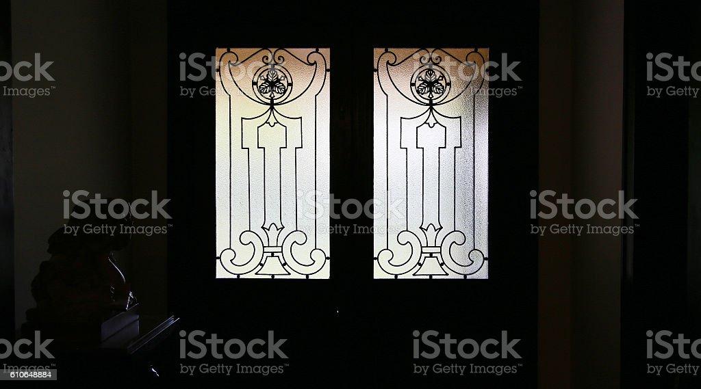 La luz que pasa a través de la ventana foto de stock libre de derechos