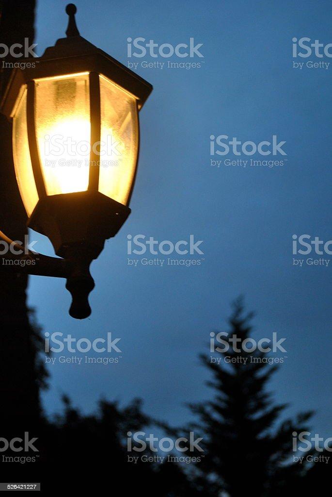 Licht an der Seite des Hauses Lizenzfreies stock-foto