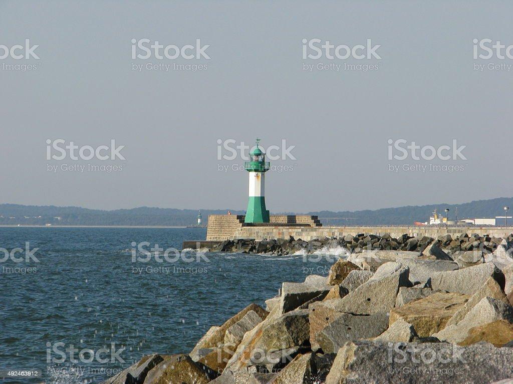 Farol e costa de Sassnitz foto royalty-free