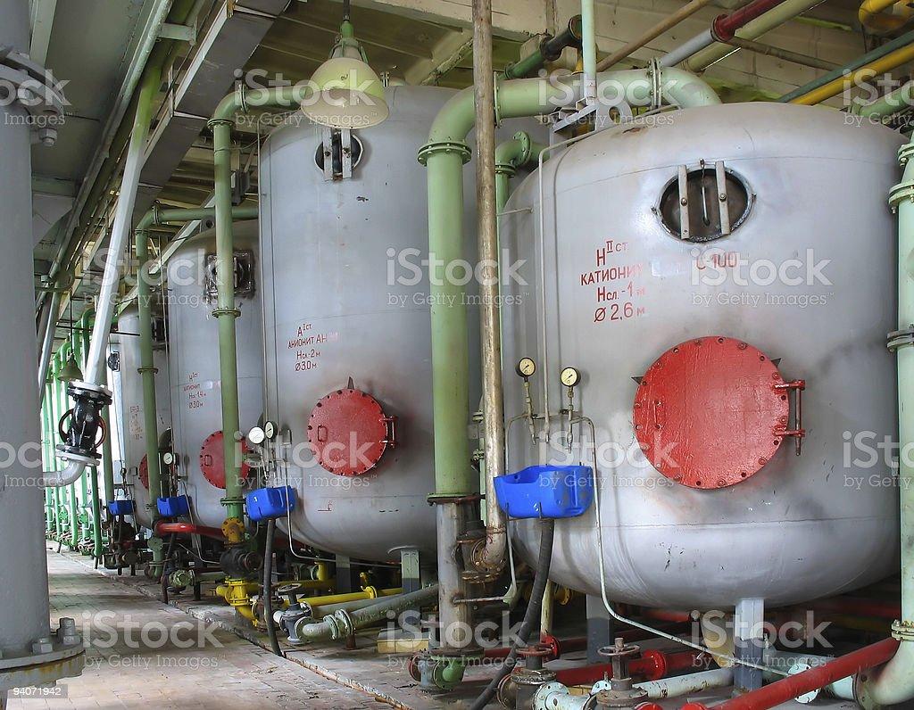 Linha de industrial química tanques de central elétrica foto de stock royalty-free