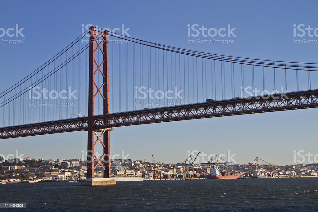 Lisboa, Ponte 25 de Abril foto de stock royalty-free