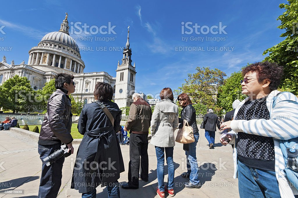 London Asian tourists visiting St Paul's Cathedral royalty-free stock photo