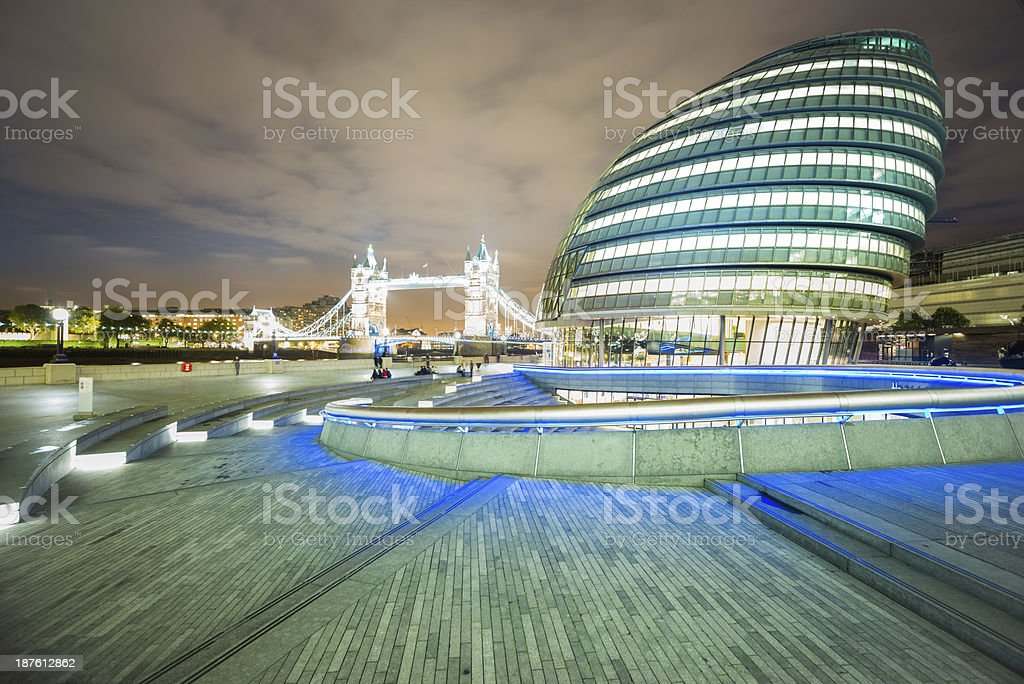 London Bridge and town hall at dusk royalty-free stock photo