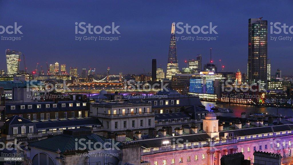 London skyline at night - aerial view Lizenzfreies stock-foto