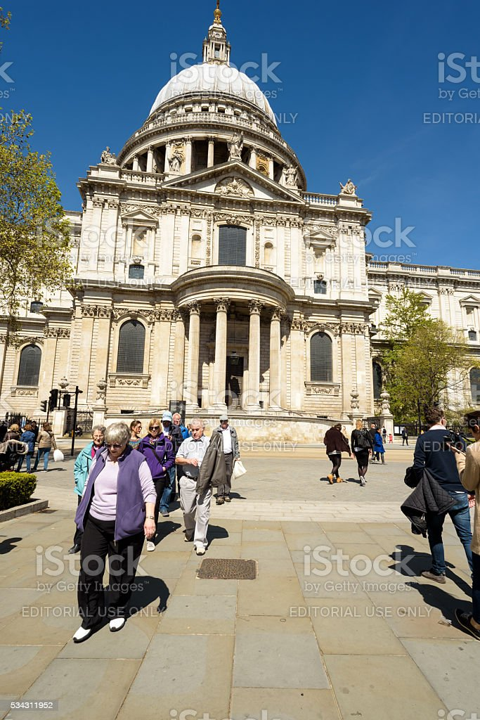 London St Pauls Catherderal and Tourists stock photo
