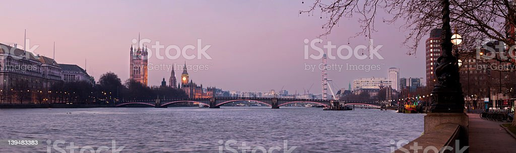 XL - London, The Palace of Westminster at dusk stock photo