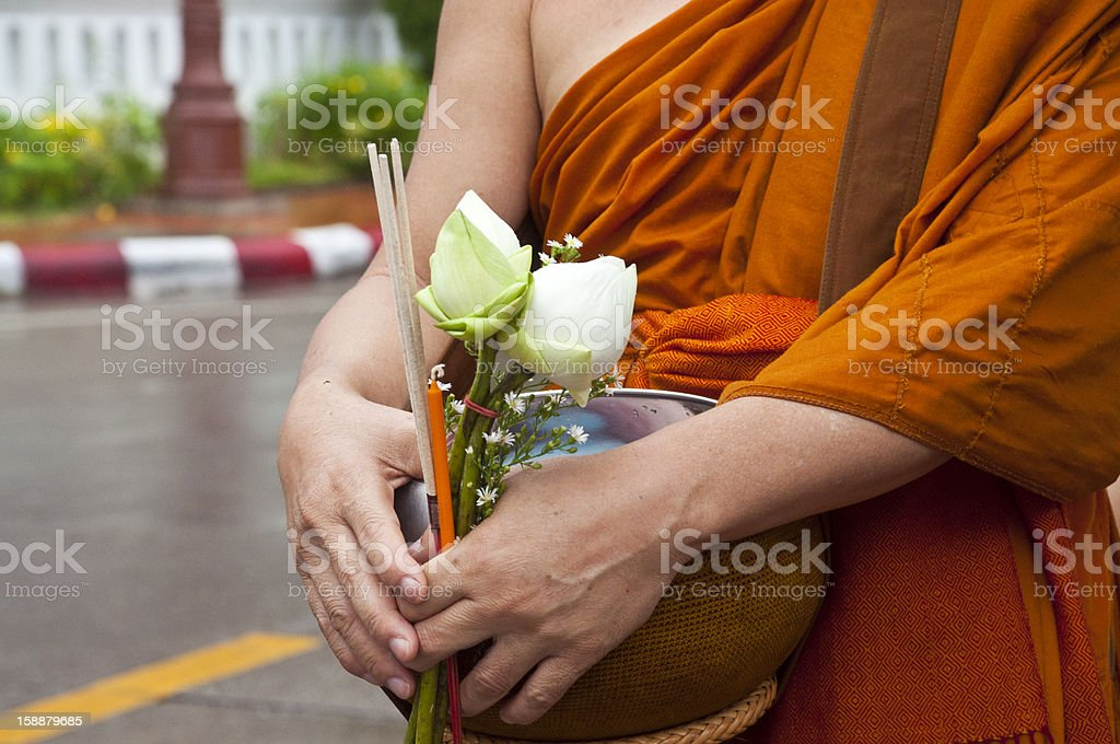 Długiej linii buddyjscy otrzymywać oferty ryżu zbiór zdjęć royalty-free
