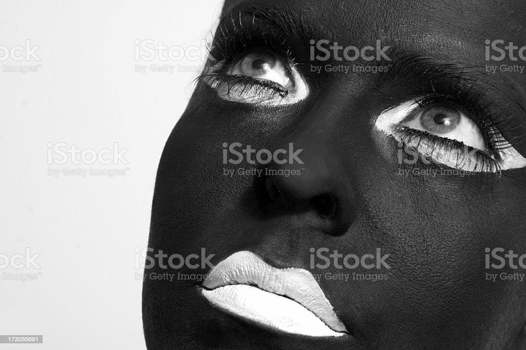 Mirando el cielo, Chica con maquillaje - foto de stock