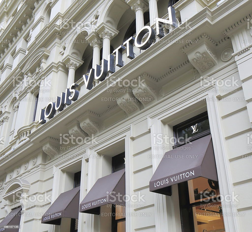 'Louis Vuitton Shop \t' stock photo