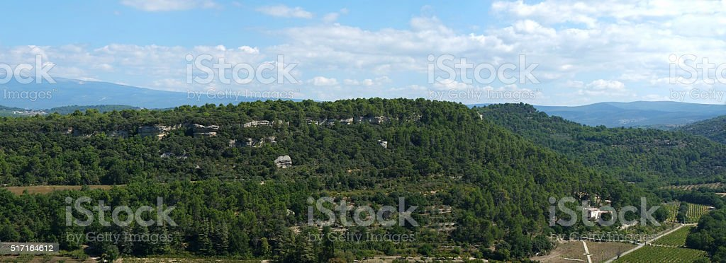 Luberon : the countryside around Venasque stock photo