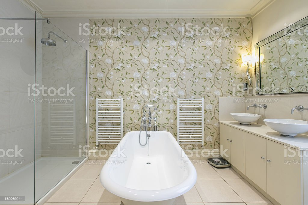 Luxurious Bathroom royalty-free stock photo