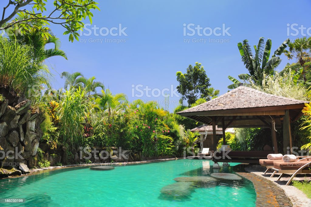 Luxury Private Pool Villa (XXXL) royalty-free stock photo