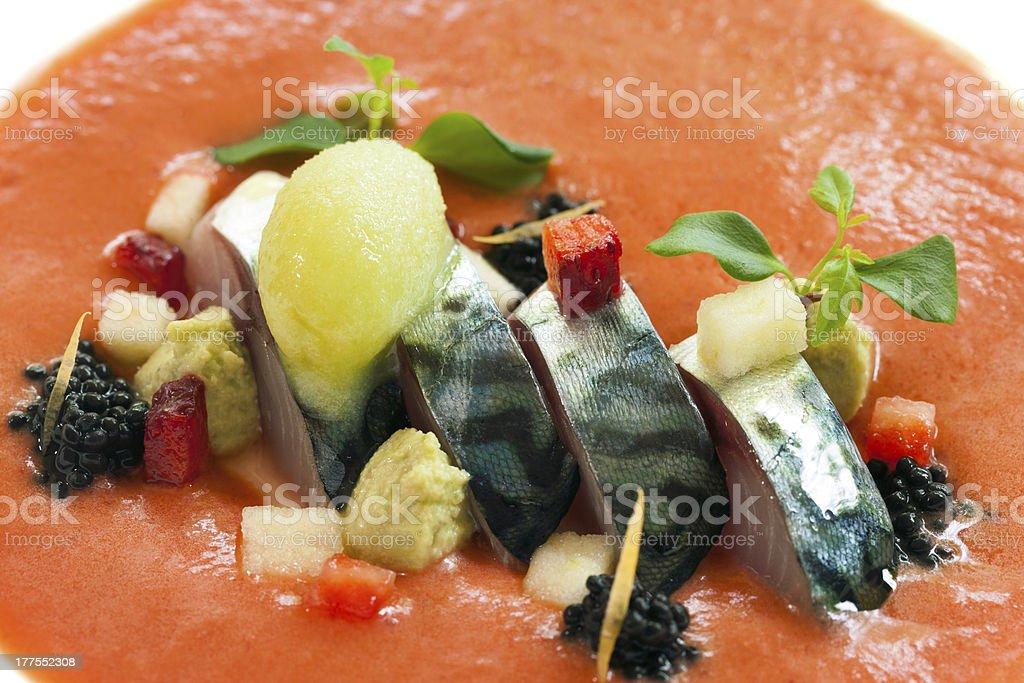 Maquereau poissons et fruits de mer avec sauce à l'orange. photo libre de droits