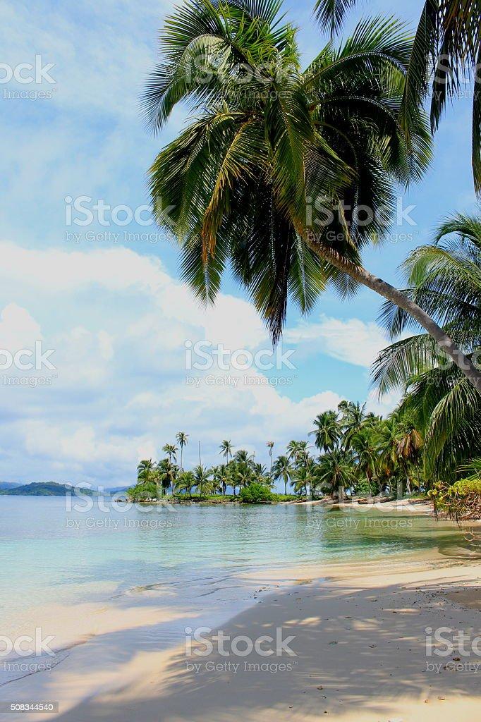 Main view of the southern beach at 'Pelicano' Island, Panama. stock photo