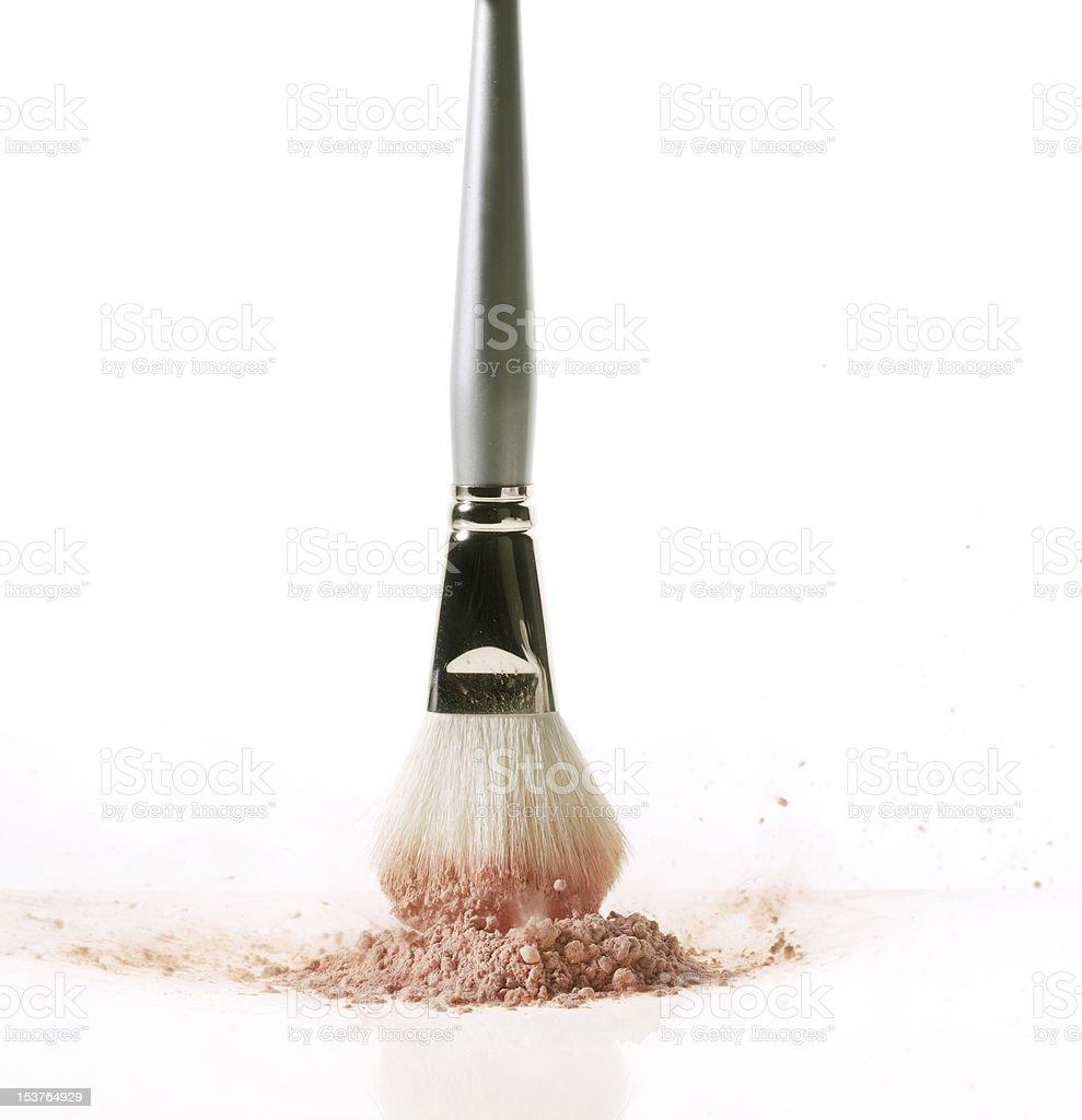 Com Pincel de Maquiagem blush. foto royalty-free