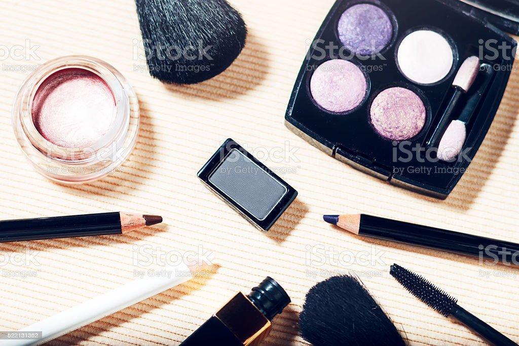 Makeup set of smokey eyes eyeshadow palette, brow powder, mascara,...