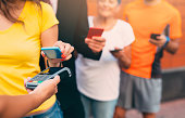 Making a contactless payment with smartphone