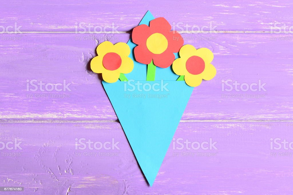 Making paper flowers crafts for mother's day or birthday. Step stock photo