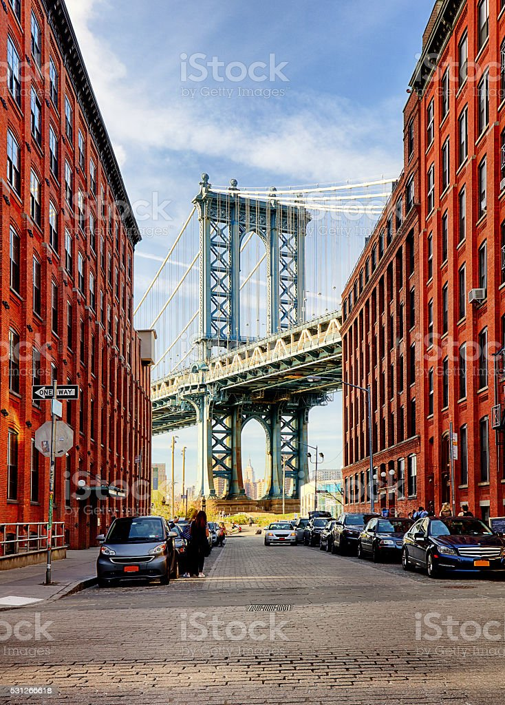 Manhattan Bridge from an alley in Brooklyn, New York stock photo