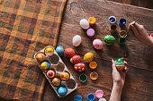 Manual coloring Easter eggs