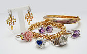Many fashionable women's jewelry.