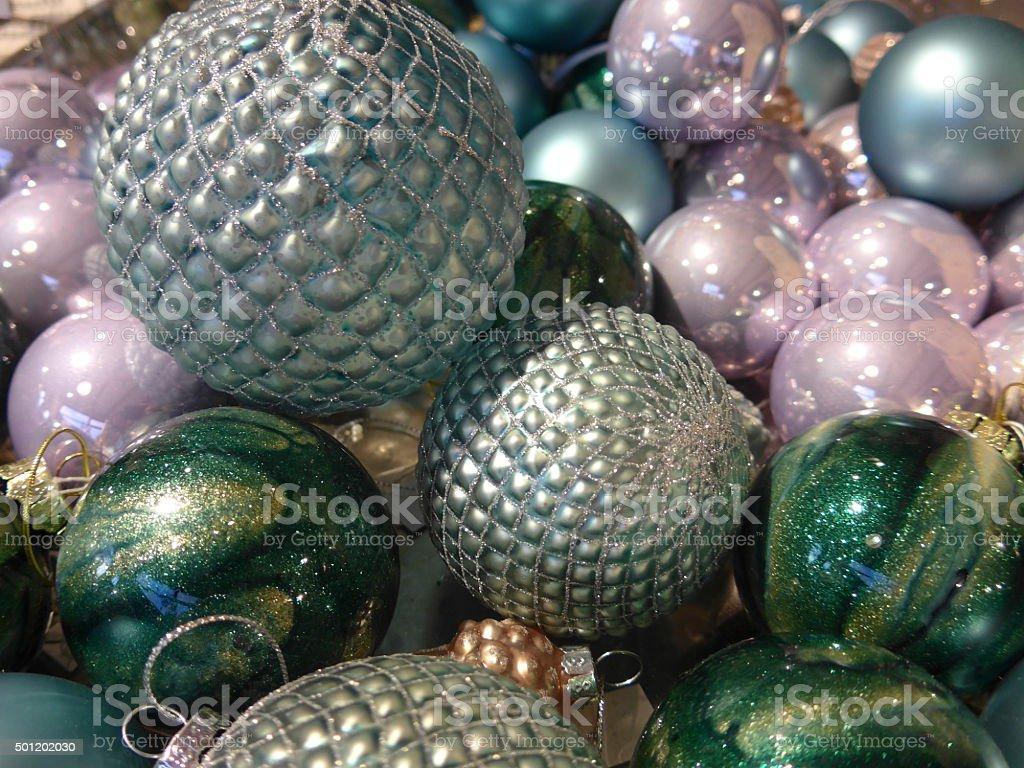 Muchos magnífica bolas de Navidad foto de stock libre de derechos